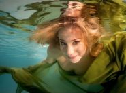 Underwater fashion: A striking trend in professional photography, Florida style